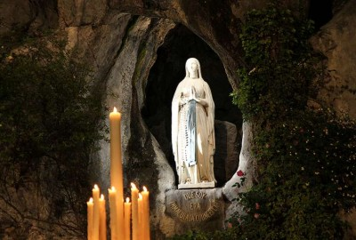 Our_Lady_of_Lourdes_grotto_Lourdes_France_Credit_Elise_Harris_CNA